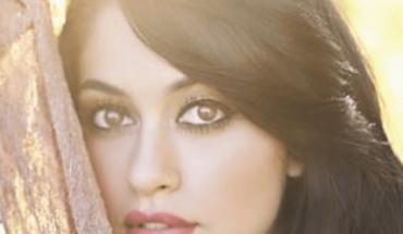 Jailyne Ojeda muestra su belleza sin usar nada de maquillaje