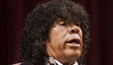 La Mona Jiménez reversionó el himno nacional en cuarteto