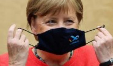 """Merkel: uso de mascarilla es """"irrenunciable"""" para contener pandemia"""