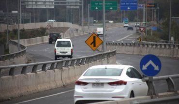 Movilidad en autopistas urbanas en la RM cayó 43% en junio