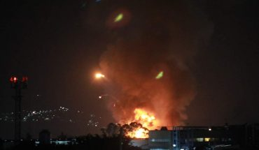 Registran fuerte incendio en fábrica de cosméticos en Civac, Jiutepec (Video)