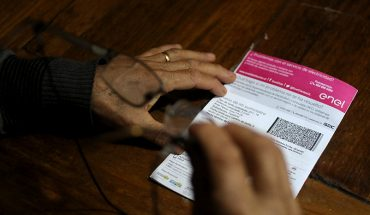 SEC formula cargos a cinco eléctricas por errores en las boletas de la luz