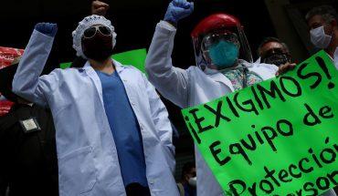 Trabajadores de salud protestan por falta de equipos de protección