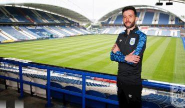 Tras los festejos de Leeds, Marcelo Bielsa pierde a uno de sus asistentes