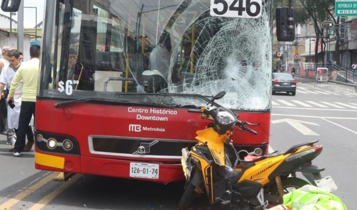 Accompanying Metrobus to relative of bumpy motorcyclist