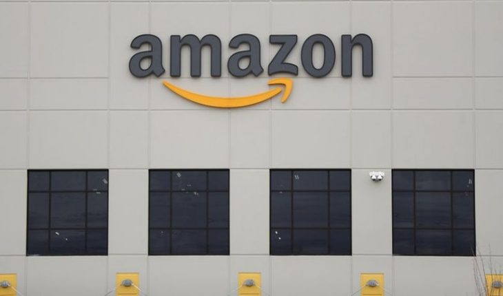 Amazon to place satellites to offer internet service