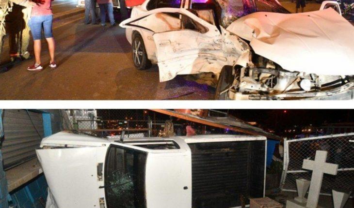 Car crash leaves two injured in Mazatlan