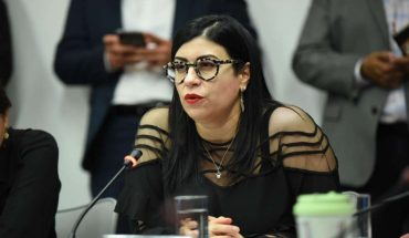 PRI Senator Vanessa Rubio asked for leave of the country