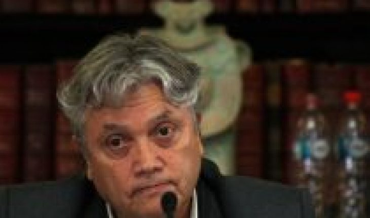 Refusal of protection, denial of service and omission: Navarro entered complaint against Piñera, Mañalich and Zúñiga