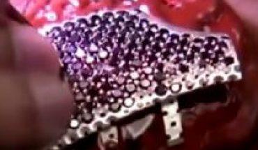 18 quilates y miles de diamantes valorados en 1.5 millones de dólares: joyería israelí confecciona la mascarilla más cara del mundo