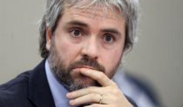 """Blumel reaparece y brinda detalles sobre el acuerdo del 15 de noviembre: """"Estaba en juego nuestro sistema democrático"""""""