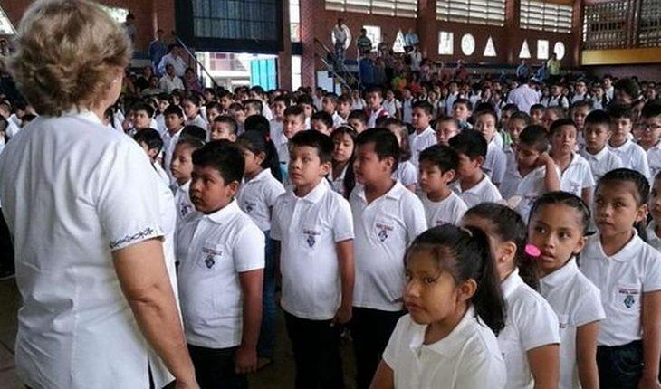 Bolivia cerró su año escolar por la pandemia y problemas con acceso a internet