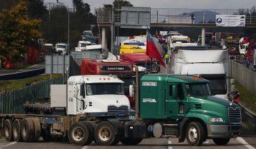 Camioneros completan 4 días de huelga sin acuerdo