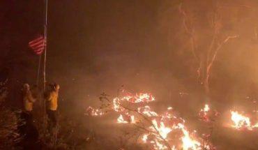 Continúan las evacuaciones en California ante el avance de los incendios