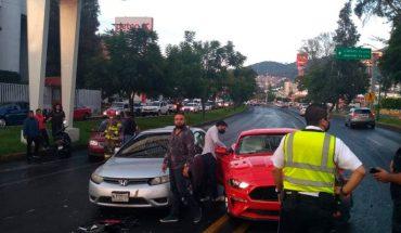 Cuatro vehículos protagonizan choque en la Avenida Camelinas de Morelia, Michoacán