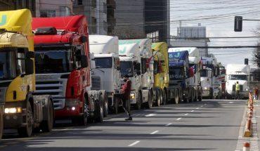 """Dueños de Camiones rechazan amenazas de la CNTC: """"Qué pasa si en una ciudad no puede llegar un camión con oxigeno a un hospital? Eso es terrorismo"""""""
