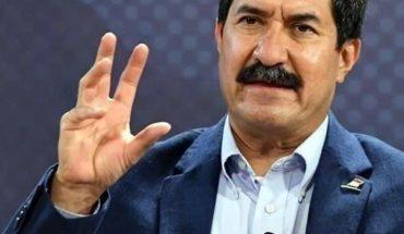 El gobernador de Chihuahua se deslinda de exigencia de renuncia de Gatell