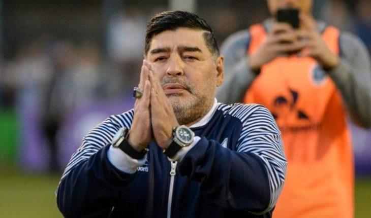 El médico de Gimnasia recomendó que Maradona no dirija las primeras semanas