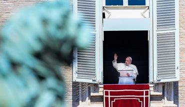 El papa Francisco rinde homenaje a los 72 migrantes masacrados en México