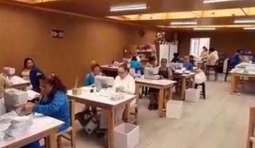 Fabrican 35 reclusas del Penal de Santiaguito miles de cubrebocas