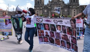 Familias de desaparecidos marcharán en el Zócalo hasta reunirse con AMLO