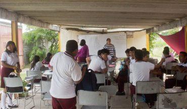 Maestros de Oaxaca rechazan clases remotas de la SEP; Sindicato las respalda
