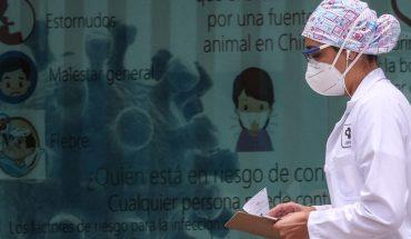México suma 926 muertes y se aproxima a los 54 mil decesos por COVID