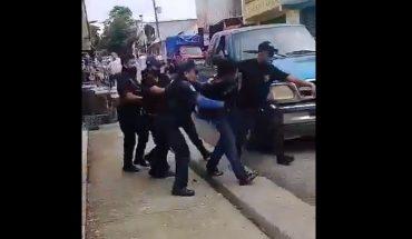 Policías dan golpiza a un hombre detenido en Chiapas