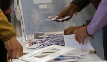 """Servel plantea el """"sufragio domiciliario"""" como alternativa para voto de personas con Covid-19"""