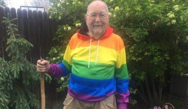 Un abuelo contó con entusiasmo que es gay recién a sus 90 años