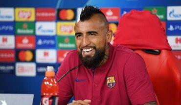 """Vidal sin filtro con el Barcelona: """"no puede tener 13 jugadores profesionales y los demás sean menores"""""""