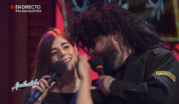 La Mole besa a Jessica Correa | Acábatelo