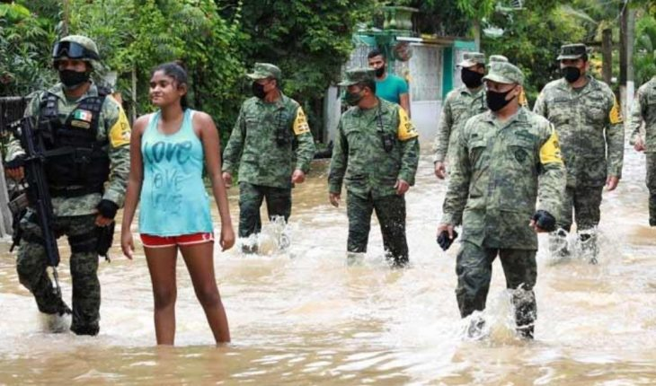 At least 380 people evicted by rains in western Mexico