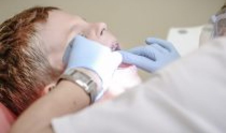 Chile has a hard time smiling: debt to our people's oral health