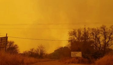 Cut routes and evacuate neighbors over forest fires in Cordoba