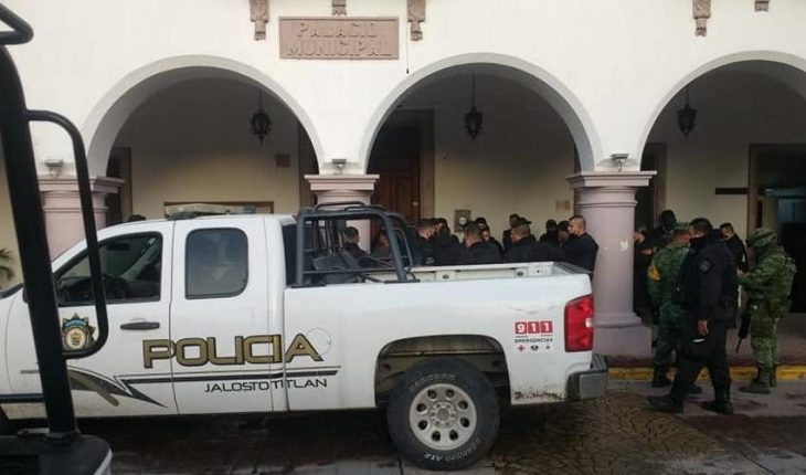 Five policemen arrested in Jalisco for murder of young detainee