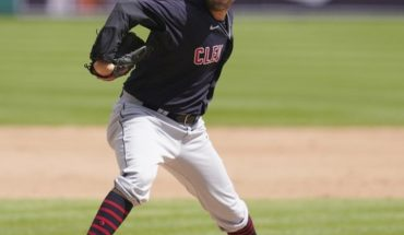 MLB: Cleveland Indians sweep series to Detroit Tigers