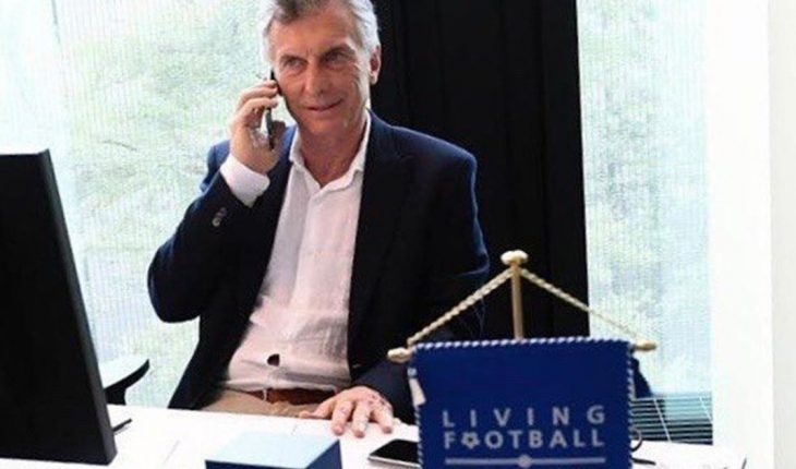 Macri reported from Switzerland and showed off working in FIFA