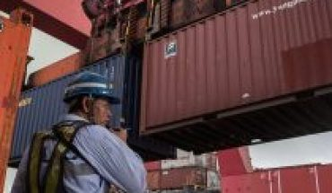 Trade with China rebounds 3.7% in first half