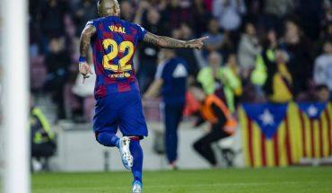 """Barcelona confirmó la """"inminente"""" partida de Arturo Vidal"""