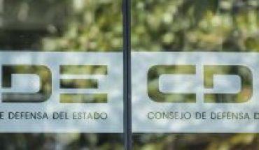 """CDE rechaza declaraciones de Longueira en las que se refirió a Horvitz como una """"consejera comunista"""""""