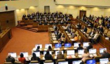 Cámara de Diputados despachó al Senado proyecto que tipifica como delito el negacionismo