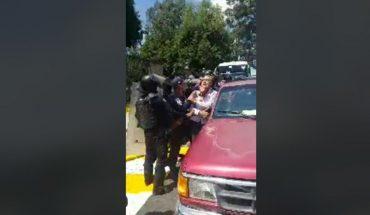 Campesinos transmiten en vivo agresión por Policía de Michoacán (Video)