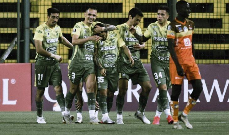 Defensa y Justicia goleó 3 a 0 a Delfin en su primer triunfo en Copa Libertadores