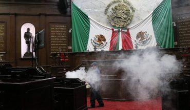 Desinfectan instalaciones del Congreso de Michoacán