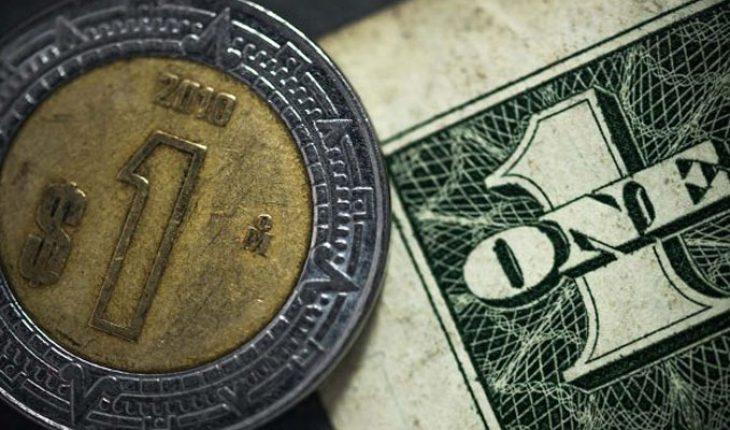El precio del dólar oscila los 21.28 pesos en bancos de México