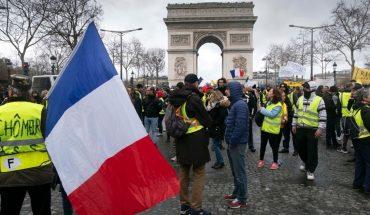 Franca: volvieron los chalecos amarillos y hubo disturbios y detenidos