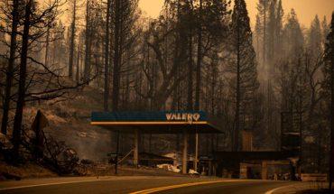Incendios forestales amenazan miles de casas en California