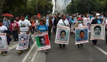 Marcha por la desaparición de los 43 normalistas de Ayotzinapa