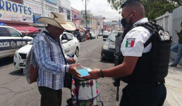 Policía Morelia entrega cubre bocas y verifica cumplimiento de medidas de higiene para prevenir el COVID-19